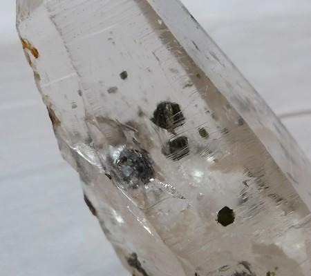 ヒマラヤ水晶原石特殊内包物005-7