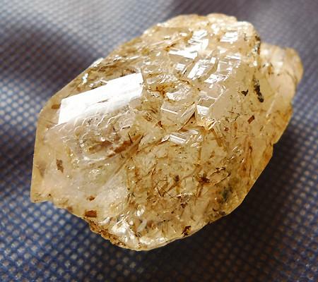 ヒマラヤ水晶原石特殊内包物007-7