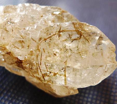 ヒマラヤ水晶原石特殊内包物007-9