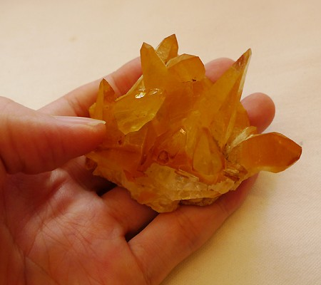 ヒマラヤ水晶特殊内包物008-10