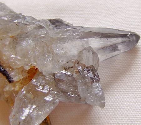 ヒマラヤ水晶原石特殊内包物009-4