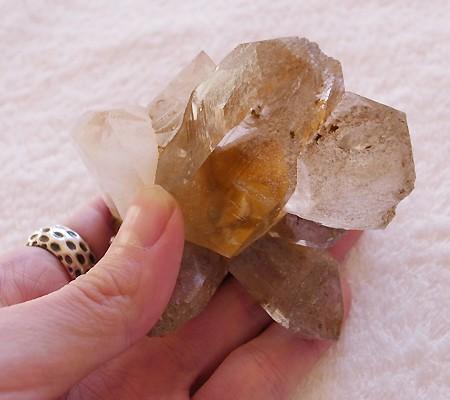 ヒマラヤ水晶原石特殊内包物011-11