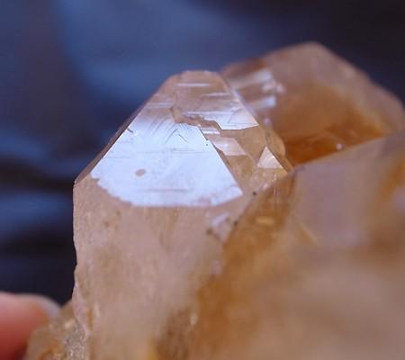 ヒマラヤ水晶原石特殊内包物011-7