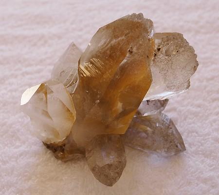 ヒマラヤ水晶原石特殊内包物011-8