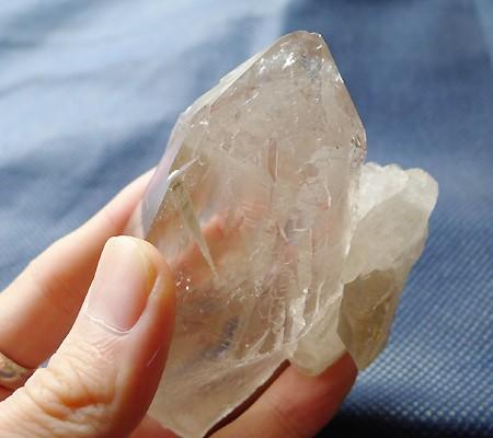 ヒマラヤ水晶原石特殊内包物013-11