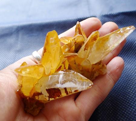 ヒマラヤ水晶原石特殊内包物014-11