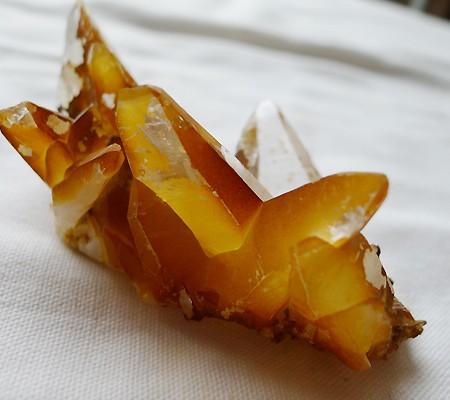 ヒマラヤ水晶原石特殊内包物014-5