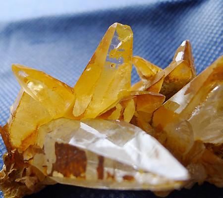 ヒマラヤ水晶原石特殊内包物014-7