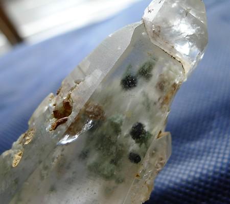 ヒマラヤ水晶原石特殊内包物016-3