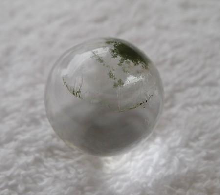 ヒマラヤ水晶丸玉内包物入り001-5