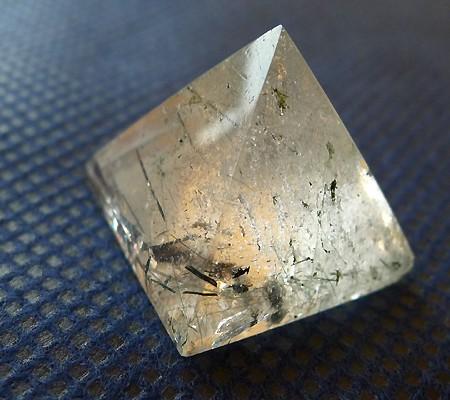 ヒマラヤ水晶丸玉内包物入り005-3