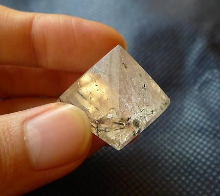 ヒマラヤ水晶丸玉内包物入り005-6