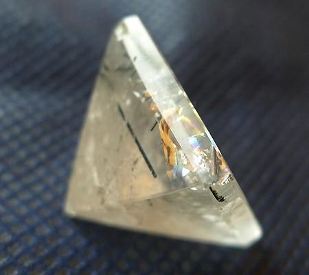 ヒマラヤ水晶丸玉内包物入り005-8