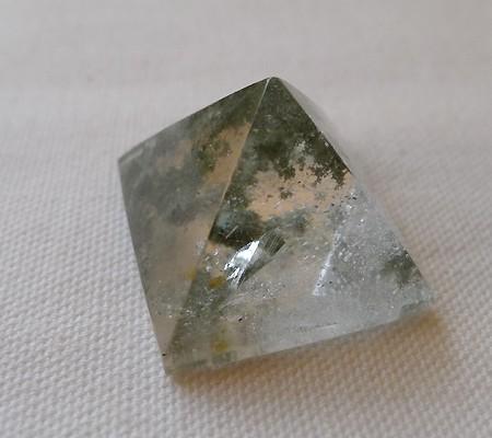 ヒマラヤ水晶丸玉内包物入り006-4