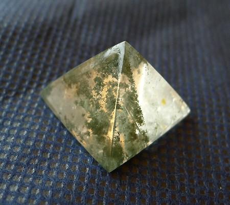 ヒマラヤ水晶丸玉内包物入り006-5