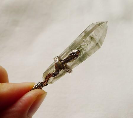 ヒマラヤ水晶ペンダント特殊形状010-9