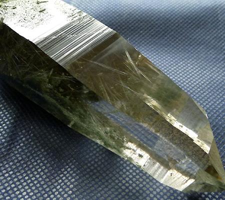 ヒマラヤ水晶原石緑泥石入り024-2