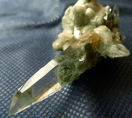 ヒマラヤ水晶原石緑泥石入り025-2