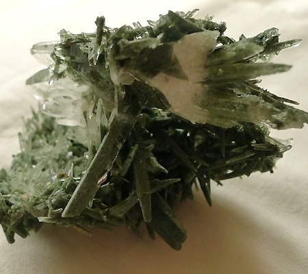 ヒマラヤ水晶原石緑泥石入り029-10