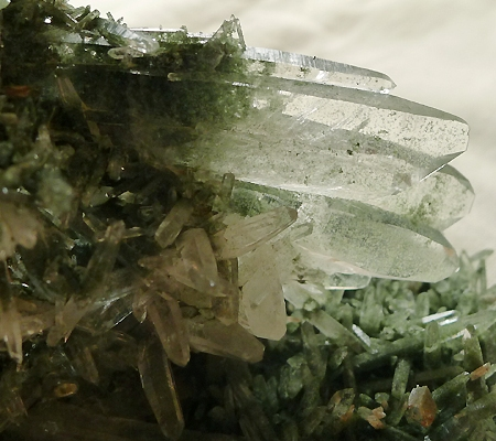 ヒマラヤ水晶原石緑泥石入り029-4