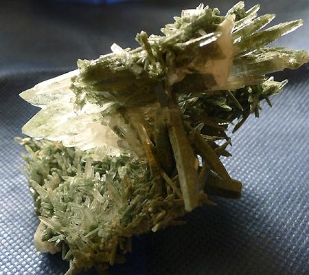 ヒマラヤ水晶原石緑泥石入り029-7