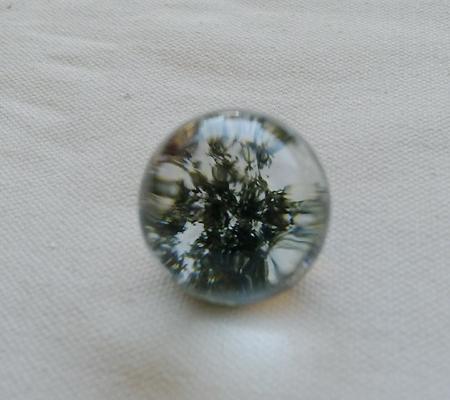 ヒマラヤ水晶丸玉内包物入り009-3