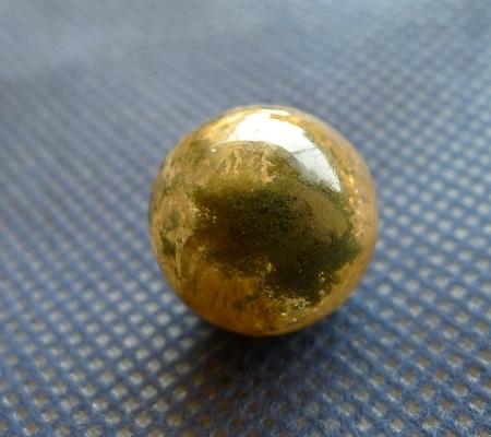 ヒマラヤ水晶丸玉内包物入り010-3