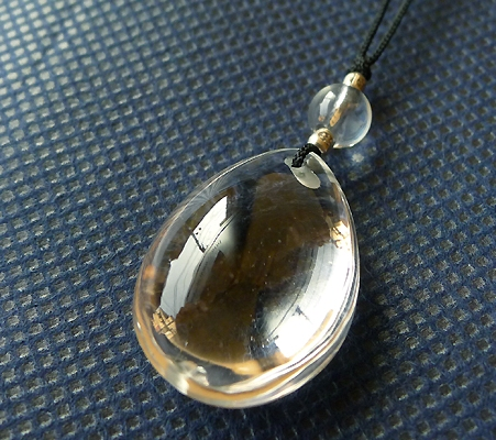 ヒマラヤ水晶紐付きチョーカー016-3