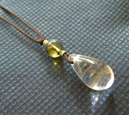 ヒマラヤ水晶紐付きチョーカー019-3