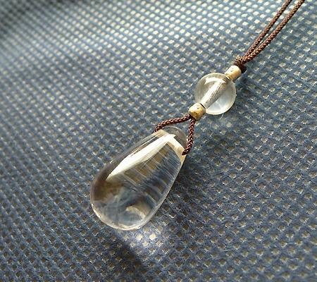 ヒマラヤ水晶紐付きチョーカー023-5