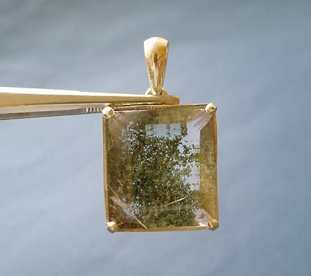 ヒマラヤ水晶ペンダント緑泥石入り035-2