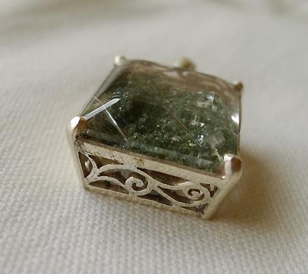 ヒマラヤ水晶ペンダント緑泥石入り035-6