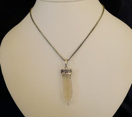 ヒマラヤ水晶ペンダント特殊形状018-10