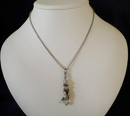 ヒマラヤ水晶ペンダント特殊形状025-10