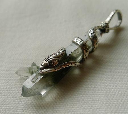 ヒマラヤ水晶ペンダント特殊形状025-7