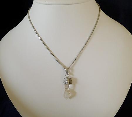 ヒマラヤ水晶ペンダント特殊形状026-8