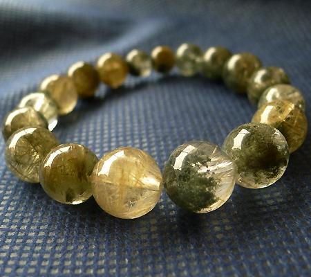 ヒマラヤ水晶ブレスレット内包物入り090-2