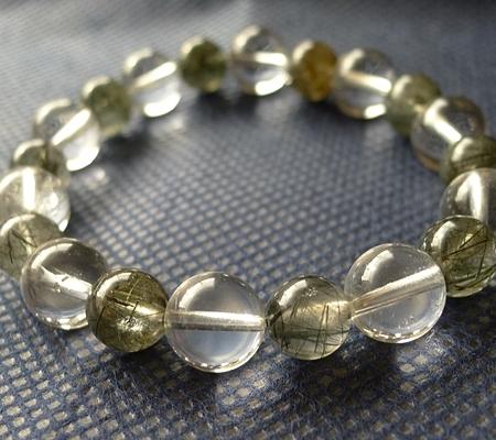 ヒマラヤ水晶ブレスレット内包物入り109-3