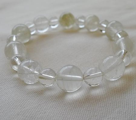 ヒマラヤ水晶ブレスレット内包物入り119-7