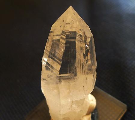 ヒマラヤ水晶原石ミラー水晶011-3