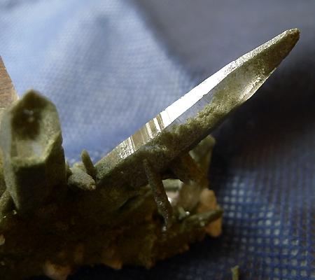 ヒマラヤ水晶原石緑泥石入り035-5