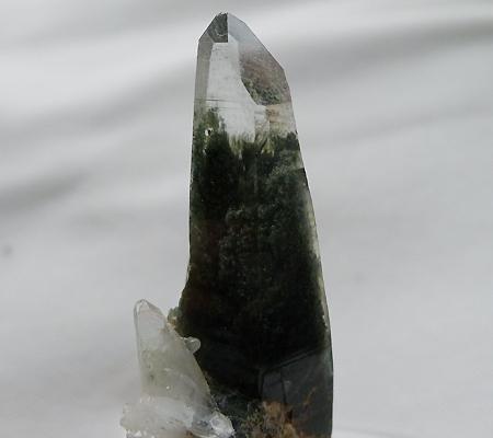 ヒマラヤ水晶原石緑泥石入り037-6
