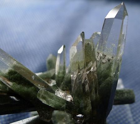 ヒマラヤ水晶原石緑泥石入り038-2