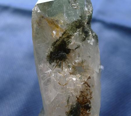 ヒマラヤ水晶原石緑泥石入り039-6
