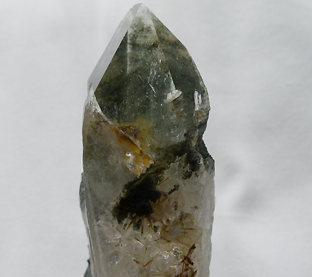 ヒマラヤ水晶原石緑泥石入り039-8