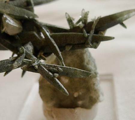 ヒマラヤ水晶原石緑泥石入り043-8