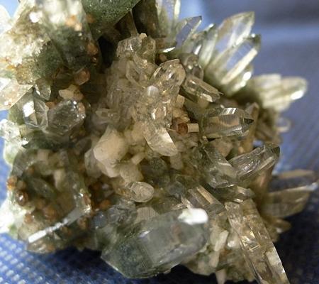 ヒマラヤ水晶原石緑泥石入り048-3