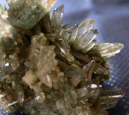 ヒマラヤ水晶原石緑泥石入り048-4