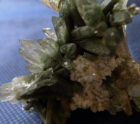 ヒマラヤ水晶原石緑泥石入り048-6