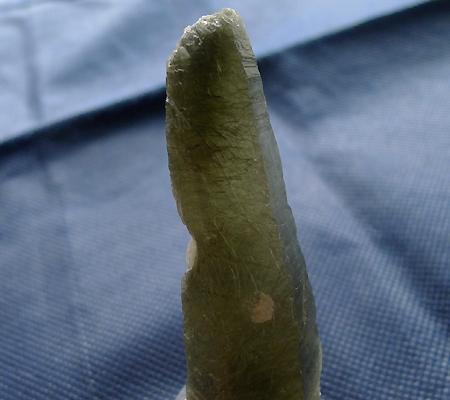 ヒマラヤ水晶原石針金形状内包物入り027-8